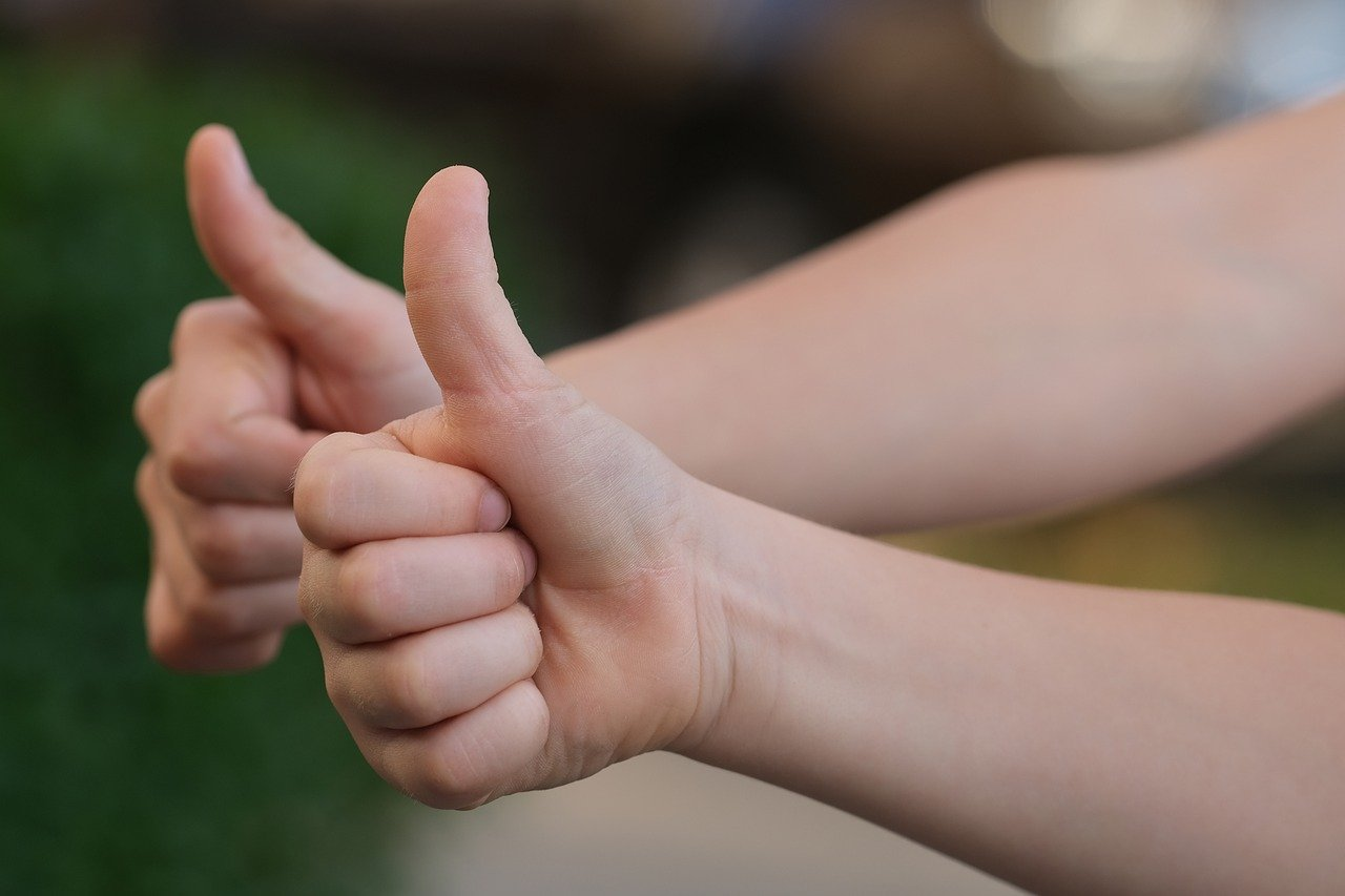 thumbs-up-4589867_1280